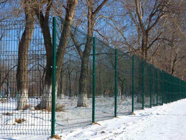Купить 3D забор в Севастополе, Бахчисарае из зелёной евросетки с полимерным покрытием