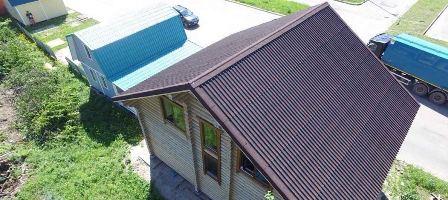 Черепица ондулин на крыше дома в Судаке