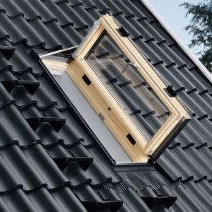 деревянное окно  Velux